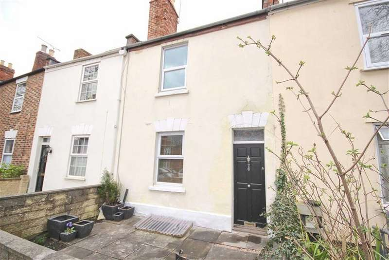2 Bedrooms Terraced House for sale in Gloucester Road, Nr Train Station, Cheltenham, GL51