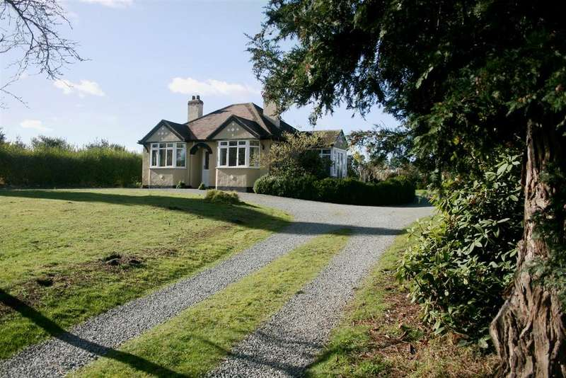 3 Bedrooms Detached Bungalow for sale in Chapel Lane, Knockin Heath, Oswestry