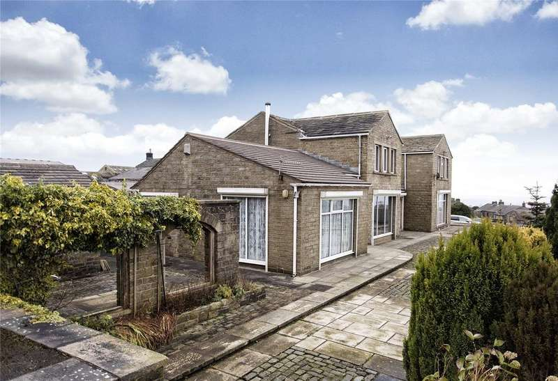 6 Bedrooms Detached House for sale in Halifax Road, Scapegoat Hill, Huddersfield, HD7
