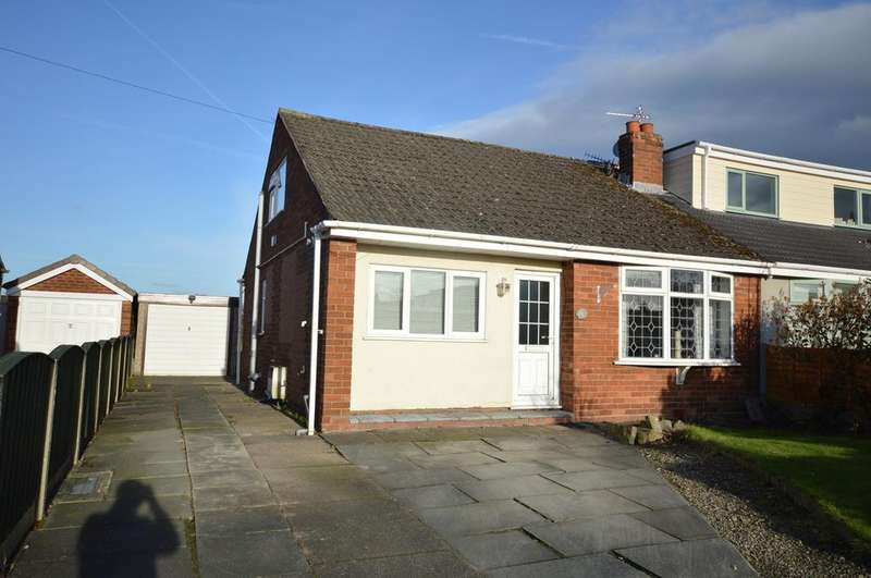2 Bedrooms Semi Detached Bungalow for sale in Cedarfield Road, Lymm