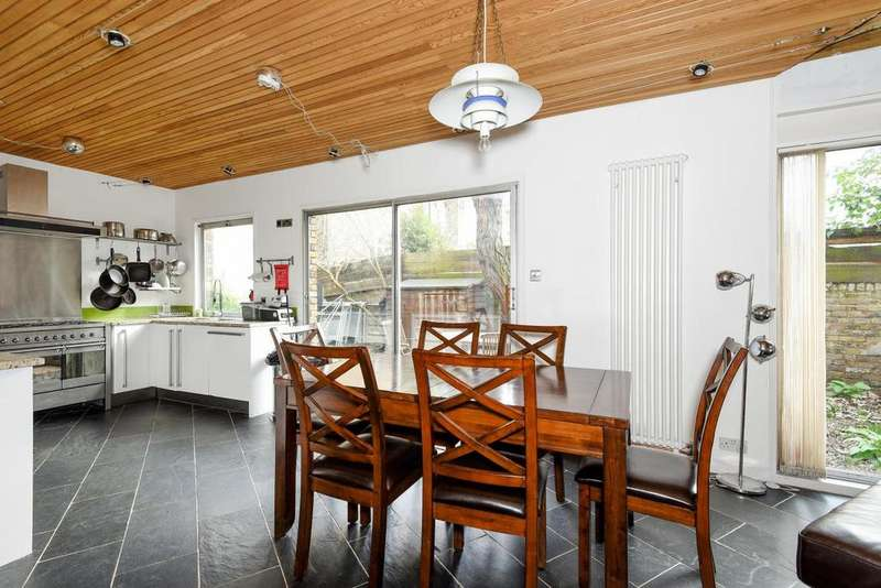 4 Bedrooms Semi Detached House for sale in Stockwell Park Crescent, Stockwell, SW9