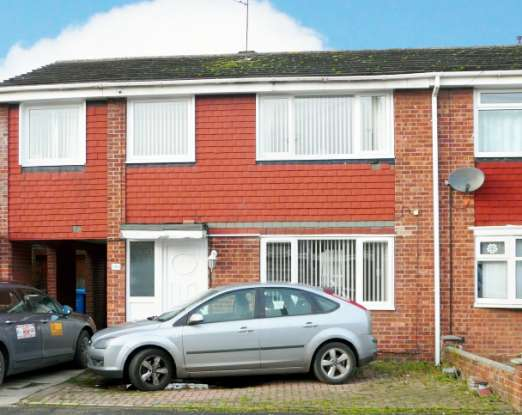 4 Bedrooms Semi Detached House for sale in Astral Way, Hull, North Humberside, HU7 4XZ