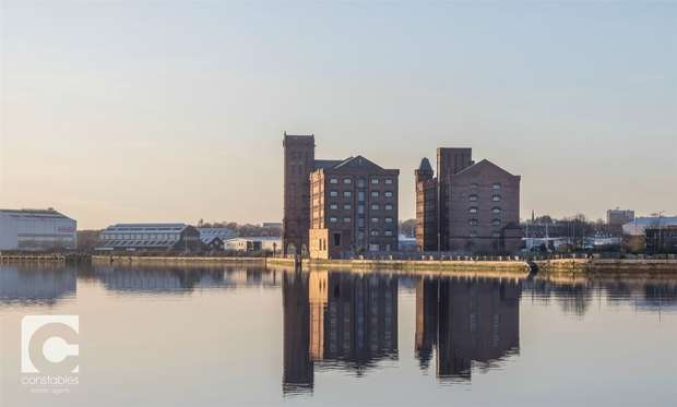 1 Bedroom Flat for sale in East Float Quay, Dock Road, Birkenhead, Merseyside