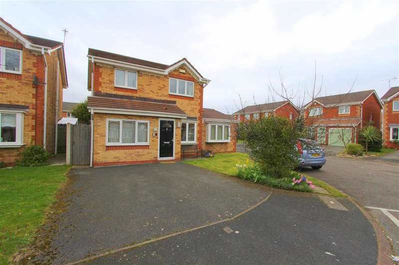 3 Bedrooms Detached House for sale in St Lukes Way, Huyton, Liverpool