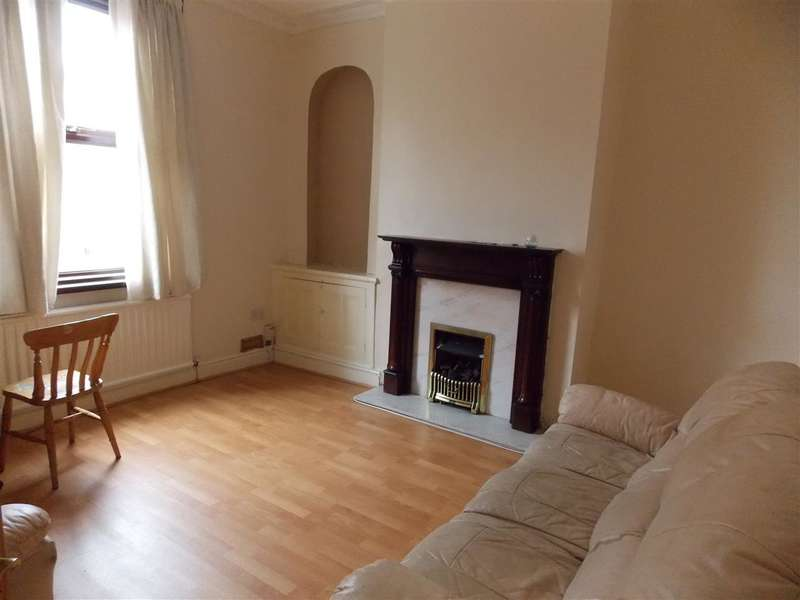 4 Bedrooms Terraced House for sale in Manchester Road, Preston