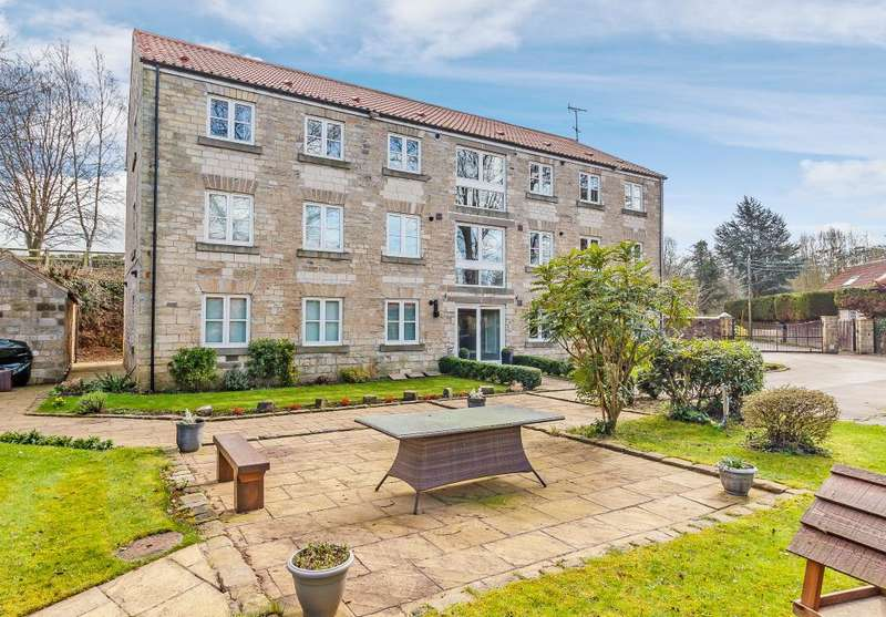 2 Bedrooms Flat for sale in Old Mill Lane, Clifford, Wetherby, LS23 6LE