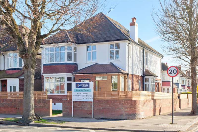 2 Bedrooms Flat for sale in New Church Road, Hove, East Sussex, BN3