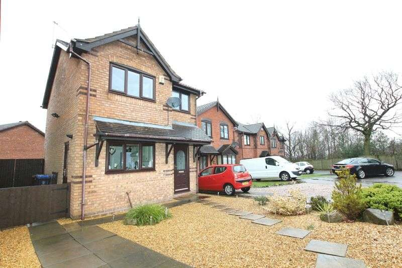 3 Bedrooms Detached House for sale in Dunnock Way, Biddulph
