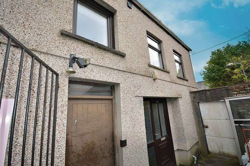 2 Bedrooms Terraced House for sale in The Highway, Pontypool