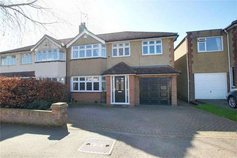 4 Bedrooms Semi Detached House for sale in Baldocks Road, Theydon Bois, Essex
