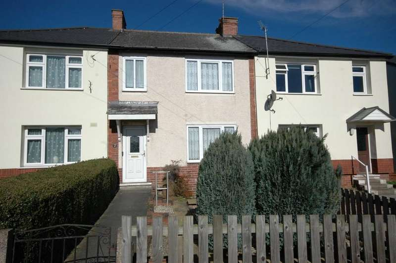 3 Bedrooms Terraced House for sale in North Avenue, Horbury