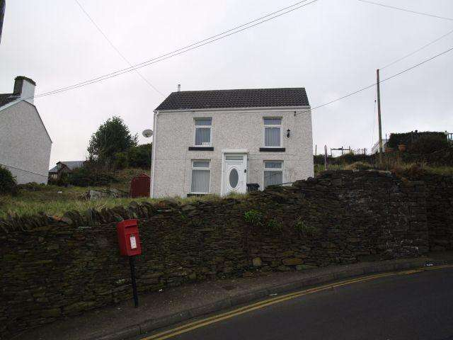 2 Bedrooms Detached House for sale in Upper High Street, Bedlinog, CF46 6RY
