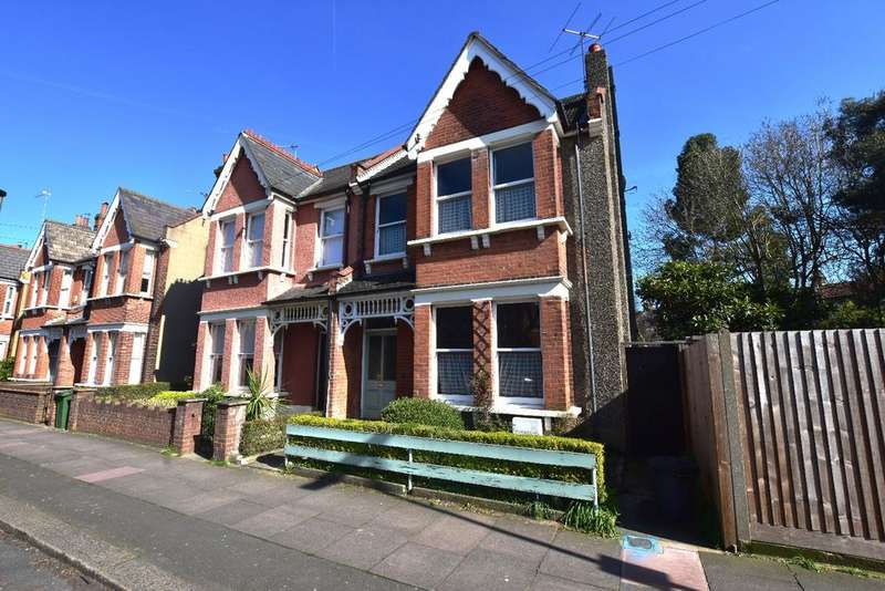 4 Bedrooms Semi Detached House for sale in Kelsey Park Road Beckenham BR3