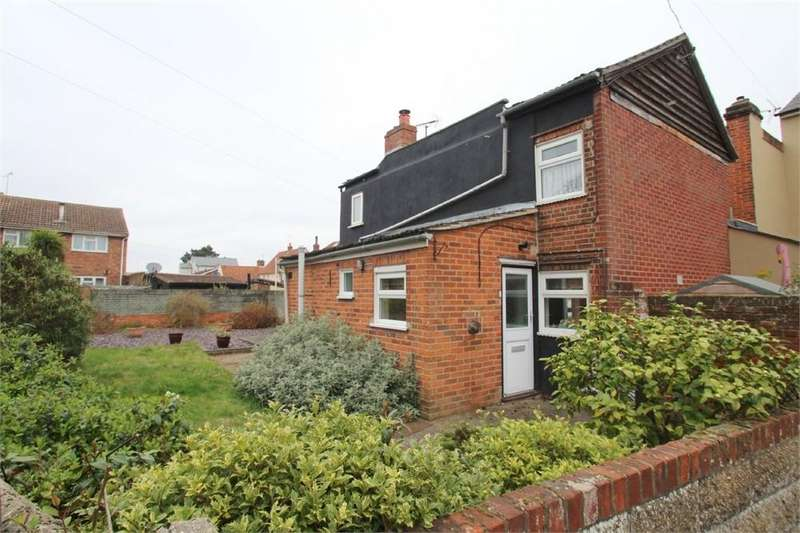 2 Bedrooms Semi Detached House for sale in High Street, Rowhedge, Colchester