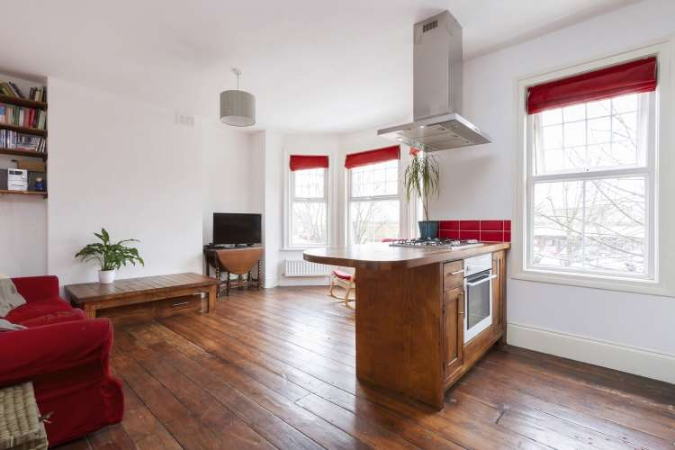 2 Bedrooms Flat for sale in Hanover Park Peckham SE15