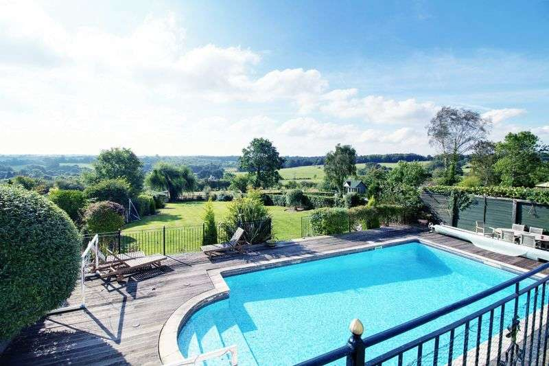 4 Bedrooms Detached House for sale in The Ridgeway, Northaw