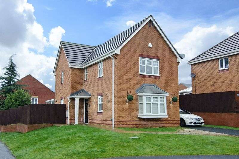 3 Bedrooms Detached House for sale in Horseshoe Drive, Wimblebury, Cannock