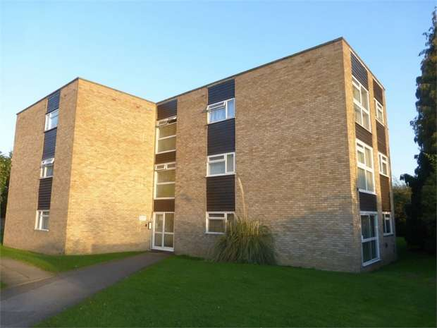 1 Bedroom Flat for sale in Spencer Road, Isleworth, Middlesex