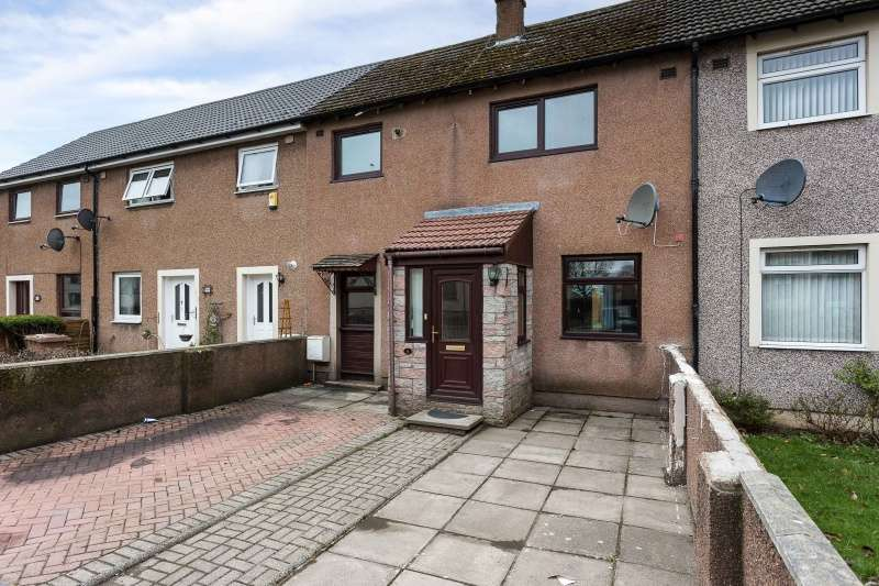 3 Bedrooms Terraced House for sale in Finlow Terrace, Dundee, Angus, DD4 9NA