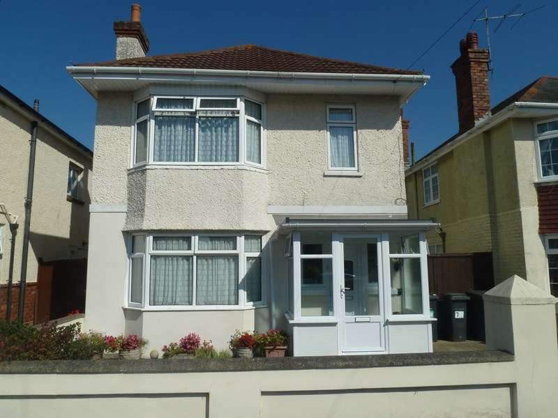 5 Bedrooms Detached House for sale in Burcombe Road, Kinson, Bournemouth