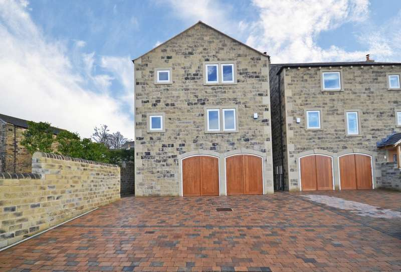 4 Bedrooms Detached House for sale in Hill Top Road, Newmillerdam, Wakefield