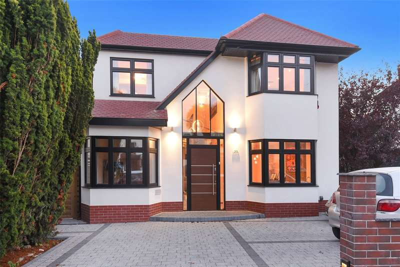 4 Bedrooms House for sale in Shepherds Way, Rickmansworth, Hertfordshire, WD3