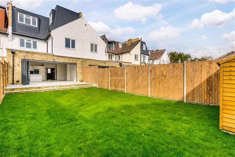 5 Bedrooms Terraced House for sale in Roseneath Road, Between the Commons