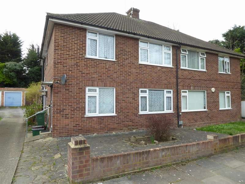 2 Bedrooms Maisonette Flat for sale in Clydon Close, Erith, Kent , DA8 3AX