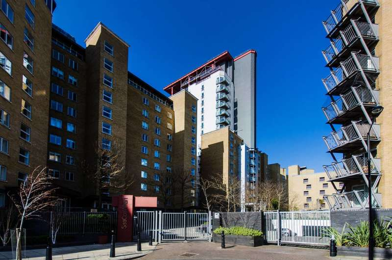 2 Bedrooms Flat for sale in Seacon Tower, Isle Of Dogs, E14