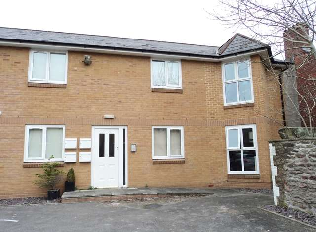 1 Bedroom Ground Flat for sale in Flat 7 Cwrt Iorweth, Clive Road, Canton, Cardiff