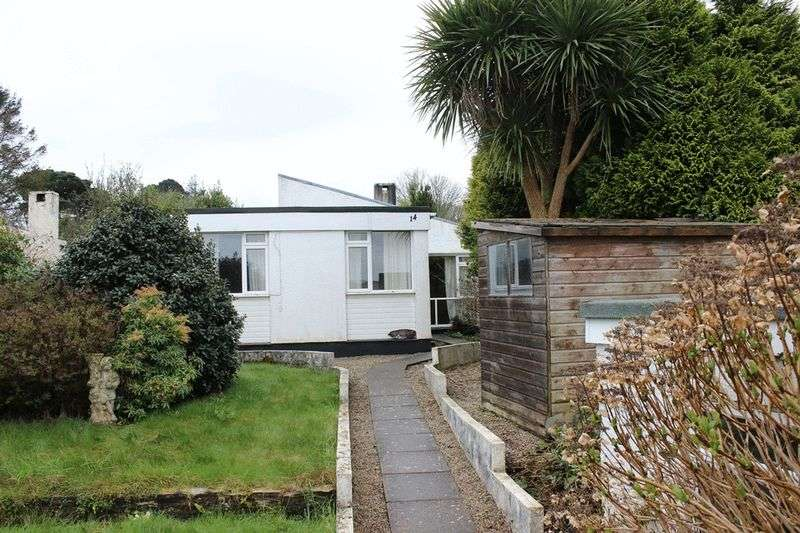3 Bedrooms Semi Detached Bungalow for sale in Pembroke Close, Par