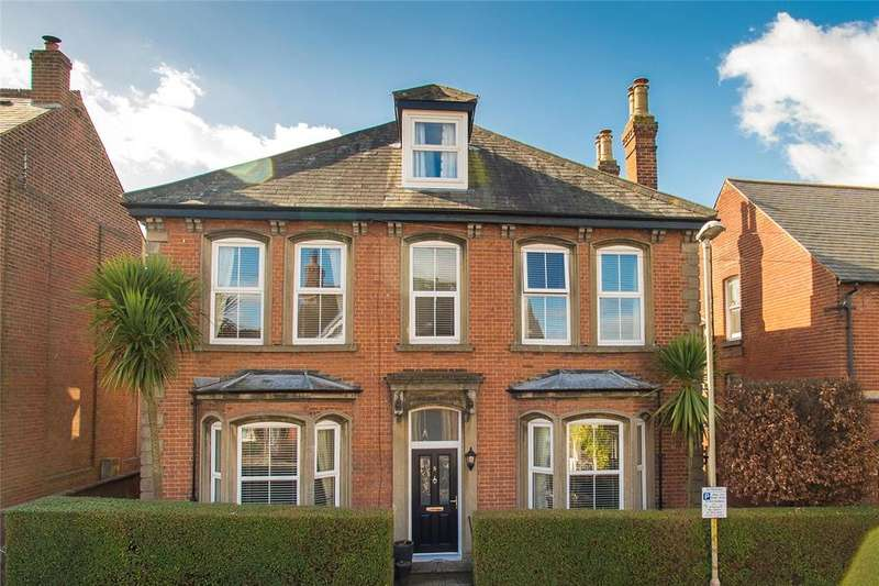 6 Bedrooms Detached House for sale in Nunnery Road, Canterbury, CT1