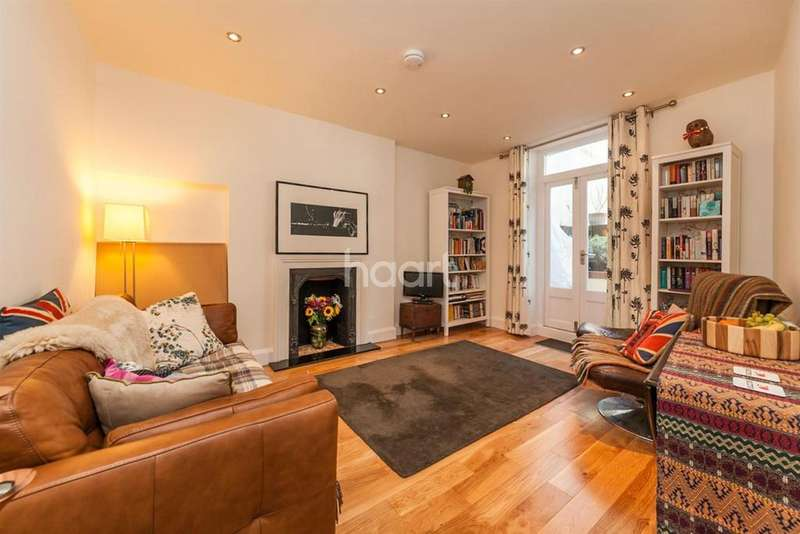 1 Bedroom Maisonette Flat for sale in Stockwell Road, Brixton, SW9