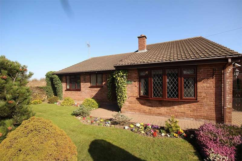 3 Bedrooms Detached Bungalow for sale in Aberllanerch Drive, Buckley, Flintshire