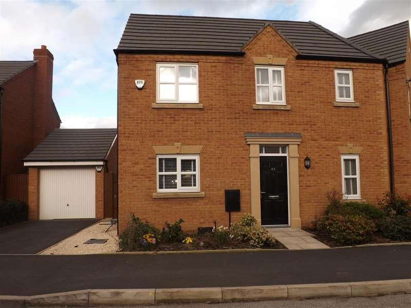 3 Bedrooms Semi Detached House for sale in Linby Way, St Helens