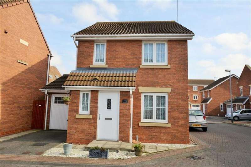 4 Bedrooms Detached House for sale in Halecroft Park, Kingswood, Hull, HU7