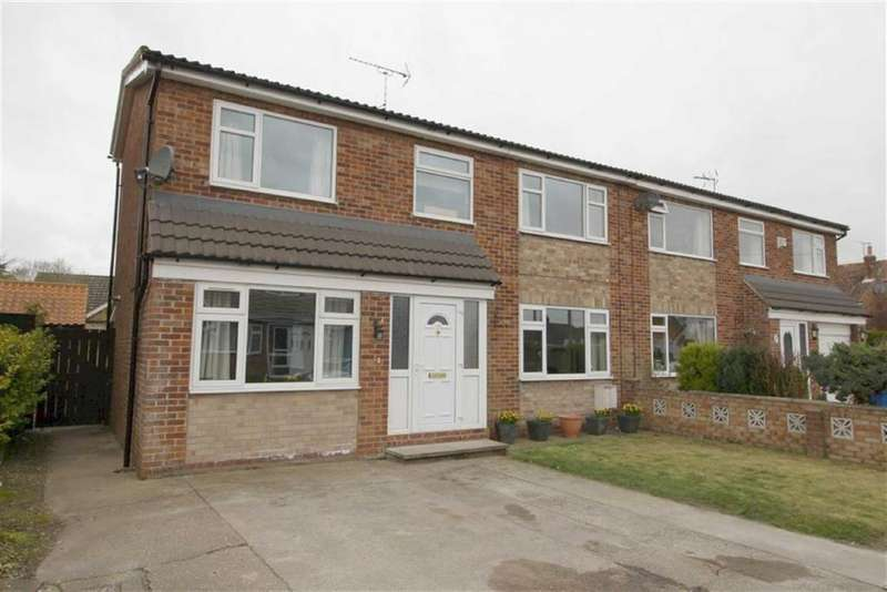 4 Bedrooms Semi Detached House for sale in Coppergate Close, Nafferton, East Yorkshire