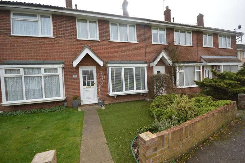 3 Bedrooms Terraced House for sale in Keymer Way, Lexden