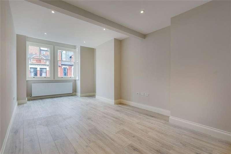 2 Bedrooms Flat for sale in Lanark Mansions, Pennard Road, London