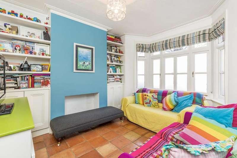 3 Bedrooms Terraced House for sale in Lefroy Road, Shepherd Bush, London, W12
