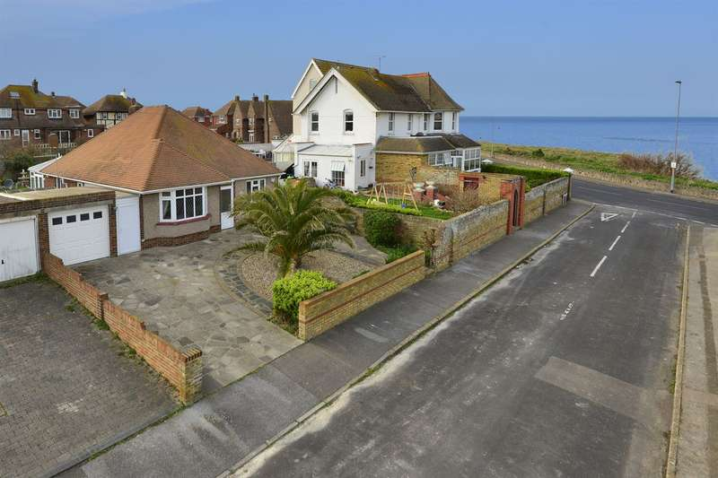 3 Bedrooms Detached Bungalow for sale in Westleigh Road, Westgate-on-Sea