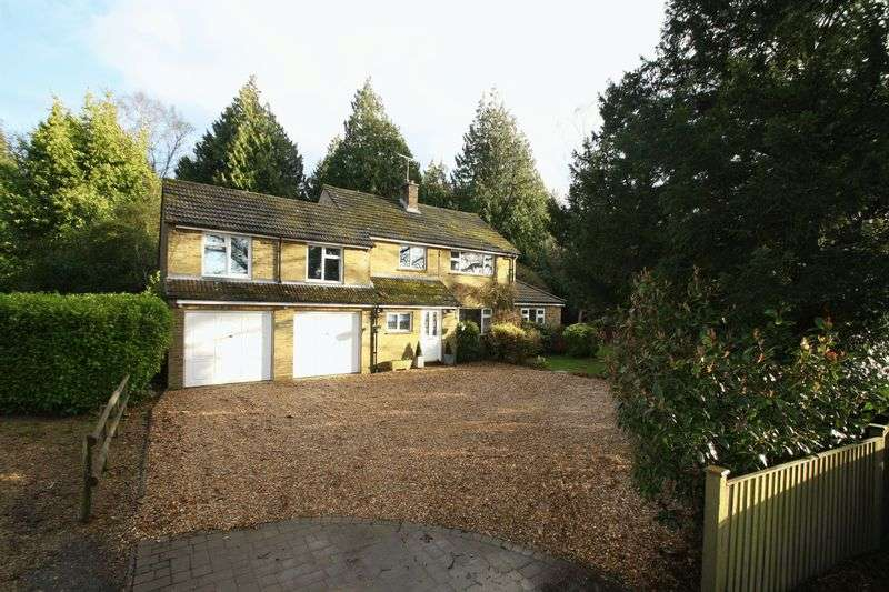 5 Bedrooms Detached House for sale in Curdridge, Southampton