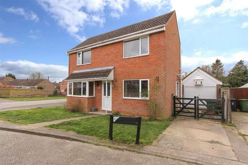 3 Bedrooms Detached House for sale in Wordsworth Drive, Dereham, Norfolk