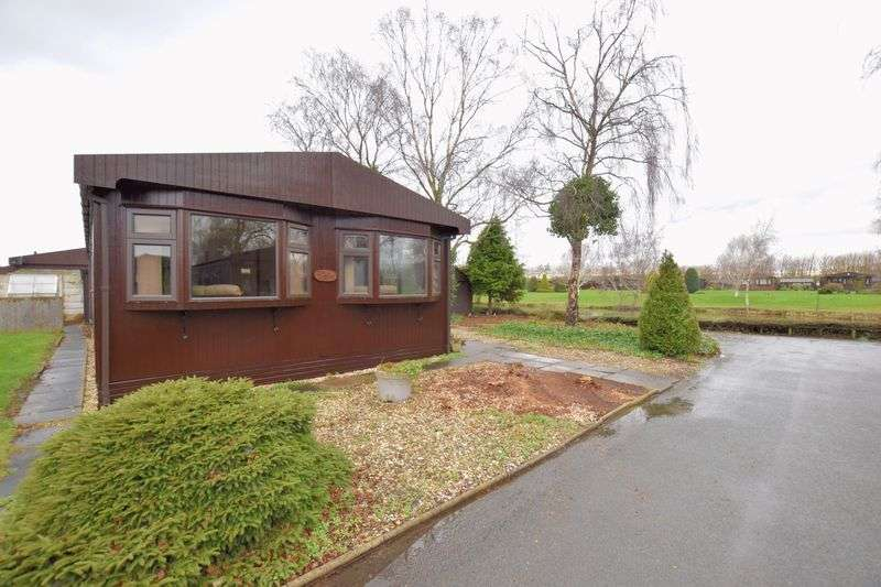 2 Bedrooms Detached Bungalow for sale in The Elms, Lincoln