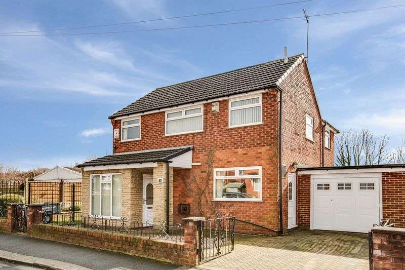 4 Bedrooms Detached House for sale in Ashford Avenue, Eccles