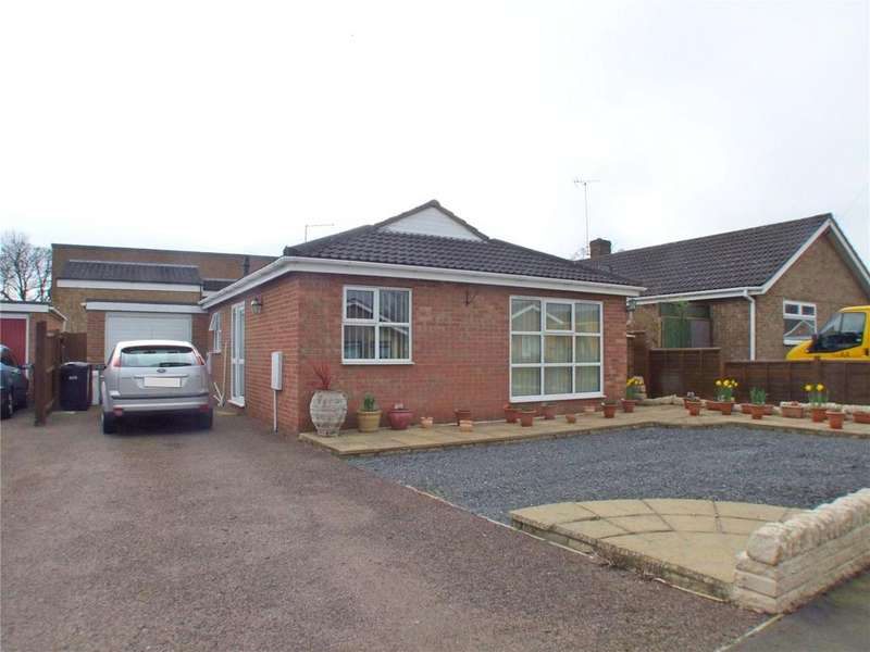 3 Bedrooms Detached Bungalow for sale in Manor Way, Deeping St. James, Peterborough, PE6
