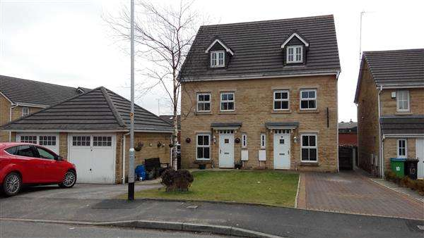 3 Bedrooms Semi Detached House for sale in Waspmill Drive, Wardle, Rochdale