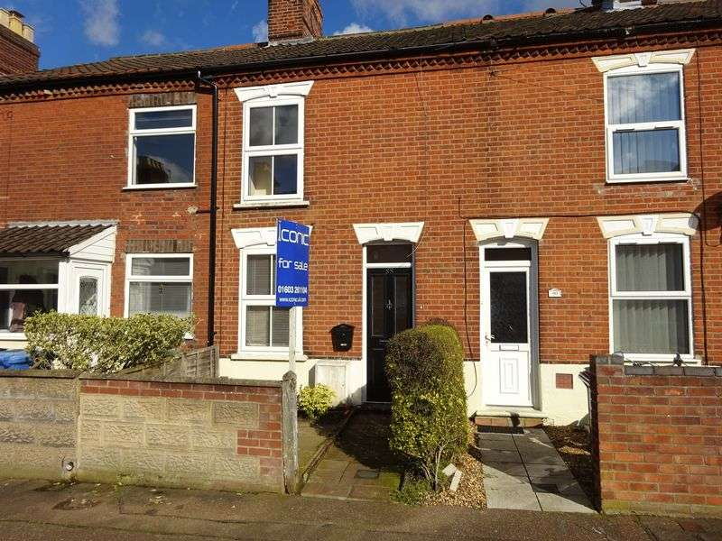 3 Bedrooms Terraced House for sale in Churchill Road, Norwich