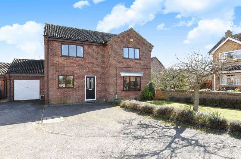 4 Bedrooms Detached House for sale in Mere Close, Ramsey Mereside