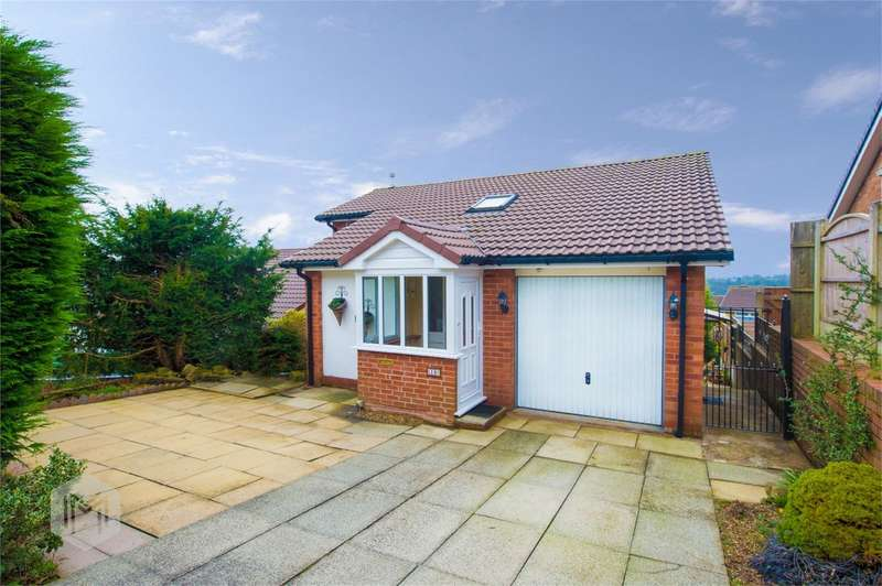 3 Bedrooms Detached House for sale in Horseshoe Lane, Bromley Cross, Bolton, Lancashire